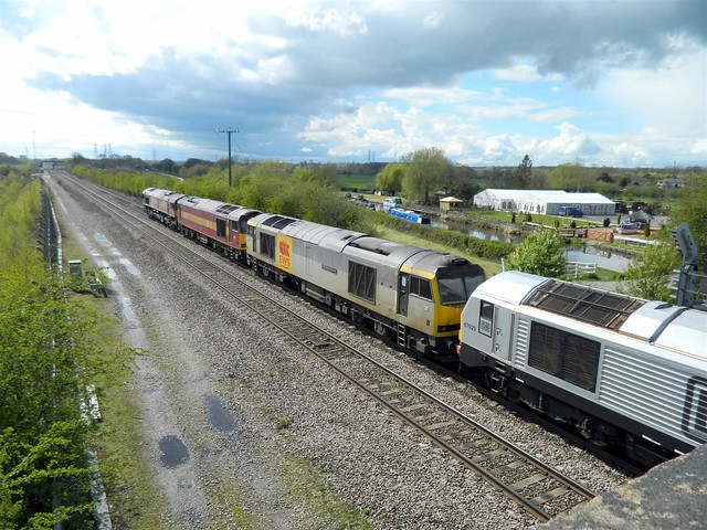 60092 in the convoy with 60043 & 66016 on rear, 67029 leading the 0Z60 Crewe DMD to Toton, passing through Stenson Junction, 21st April 2012.