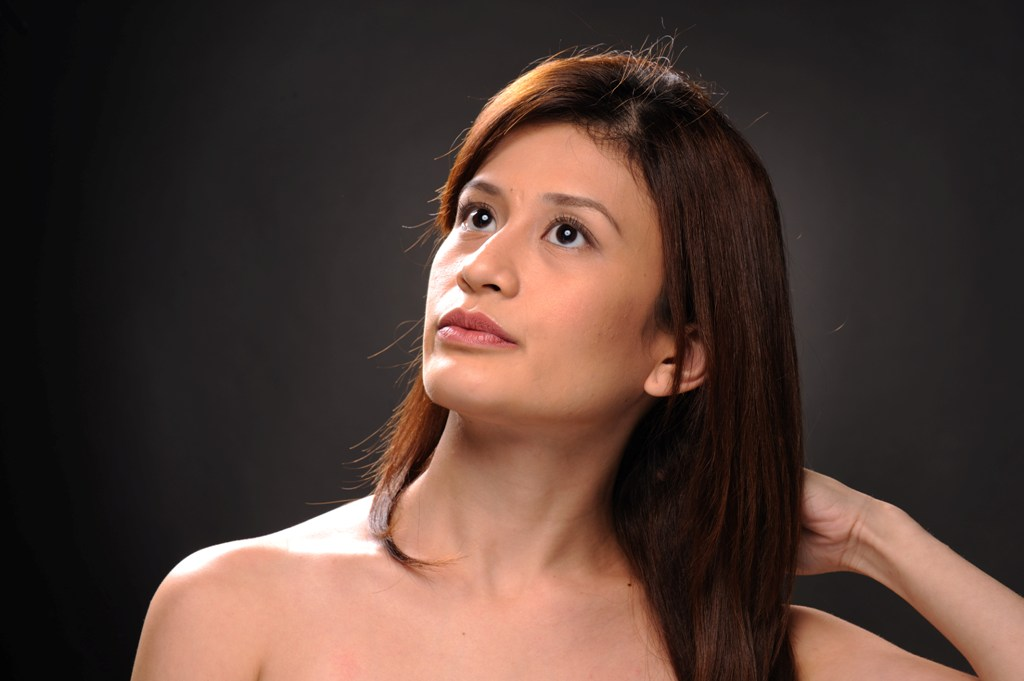 Vanessa Macias | Hair: Mark Lawrence Bondoc MUA: Aika Chua ...Vanessa Macias