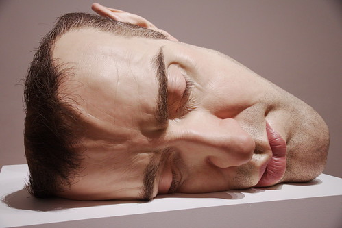 2010-07-23 13-18-49 - IMG_9619 Sculpture by Ron Mueck - Mask II 2001-2