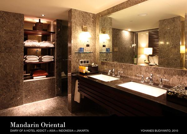 Mandarin Oriental Jakarta Spacious Bathroom C Yohanes Bud Flickr