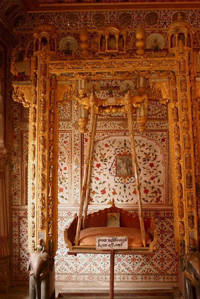 A beautiful click inside Phool Mahal Palace