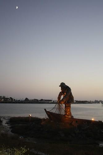 sunset sky moon water lights fisherman dusk silhouettes monuments karlsbad eurekacalifornia karlschultz