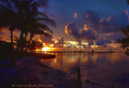 sunset sky gulfofmexico clouds florida palmtrees soe boatdock pineisland bokeelia