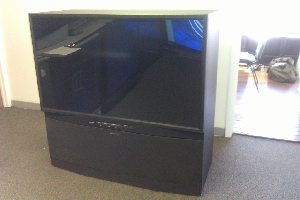 Mitsubishi Hdila Rear Projection Tv 1080p 21 350 Flickr