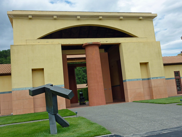 Entry to the portico at Clos Pegase