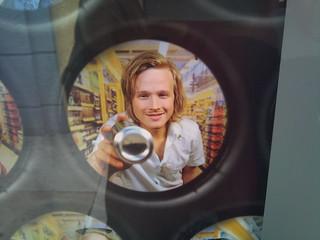 En yngre upplaga av @walternaeslund i norsk pantreklam? | by moonhouse