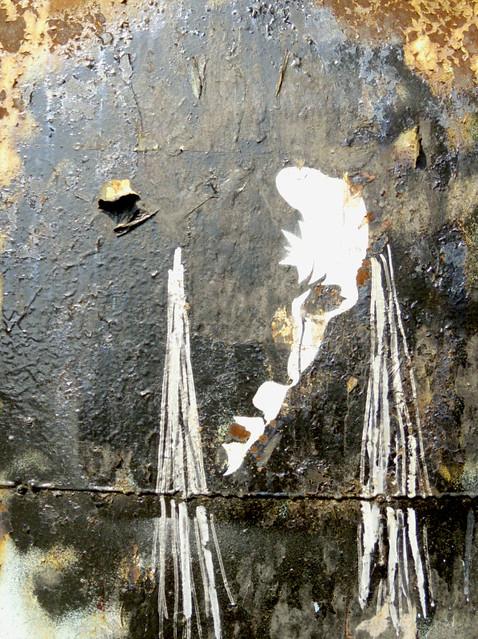Someone graffiti on the wall 1