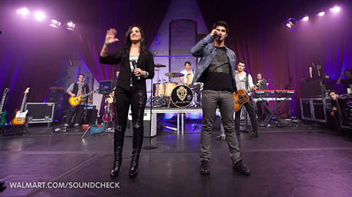 Camp Rock 2 w/Jonas Brothers & Demi Lovato on Soundcheck | by Lunchbox LP