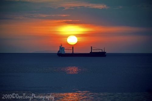 ocean sunset sky sun seascape water clouds bay boat nikon ship horizon philippines manila d3 70200f28vr doctony
