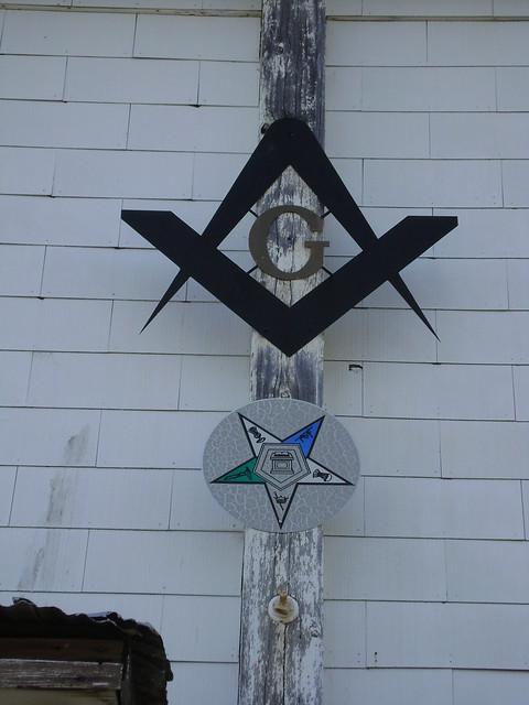 Milton, CA Masonic Lodge signs