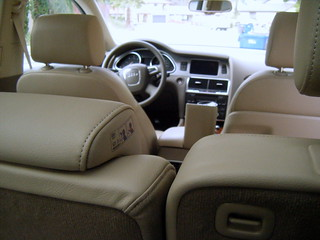 2010 Audi Q7 - View From Back Seat | by Unofficial Audi Blog