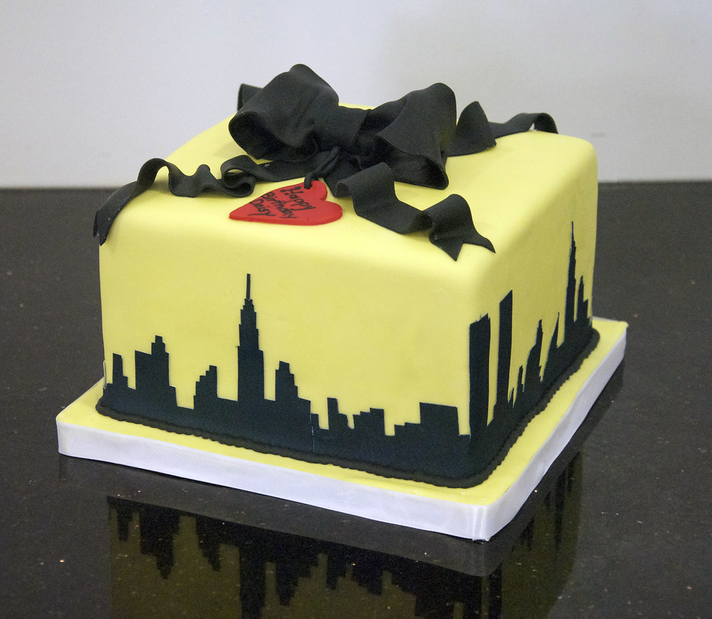 Magnificent New York Skyline Cake A 6 Square Yellow Birthday Cake Wit Flickr Funny Birthday Cards Online Elaedamsfinfo