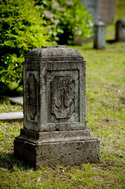 函館外国人墓地 32 Anchor memorial for Unknown person