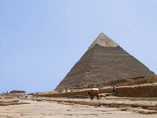 pyramid in Giza | by ReneKr