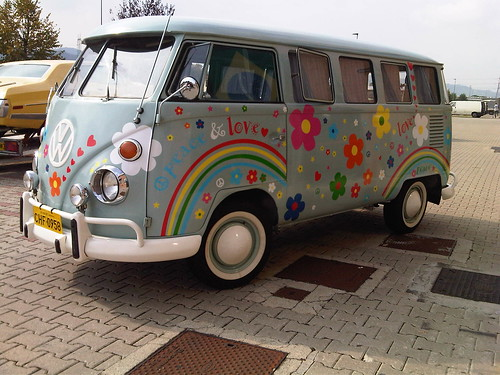 t1 vintage bus