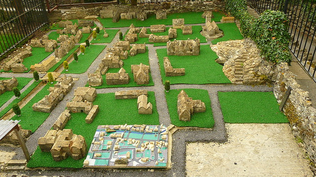 Bourton on the water model village 38
