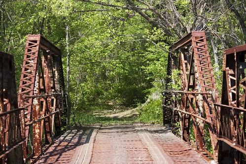 trees red green canon river eos rebel rust rocks north rapids pony carolina warren graham piedmont xsi pratt truss alamance 450d