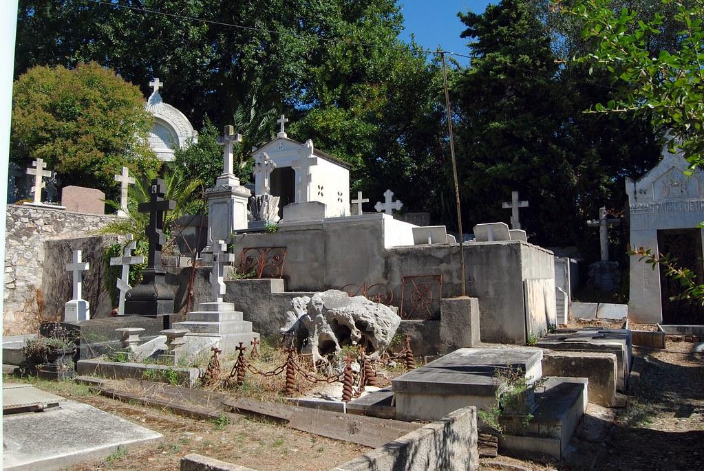 Русское кладбище Кокад