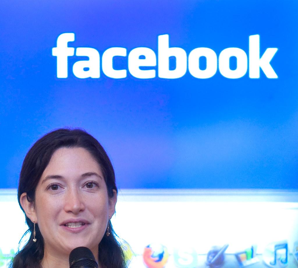 Hangos randi jön a Facebook társkeresőjébe