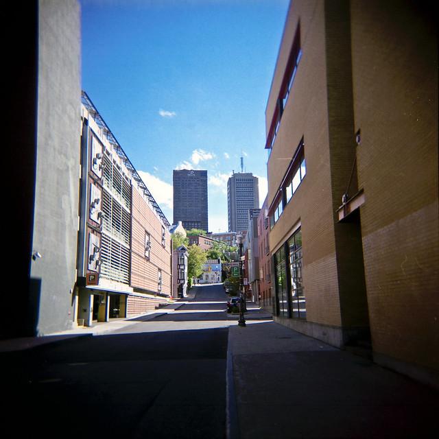 Holga dans son ancien quartier