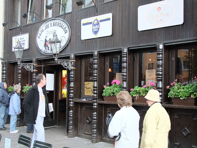 Köln am Rhein - Papa Joe's Biersalon