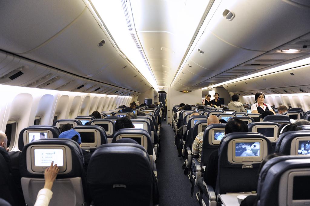 Delta 777 Cabin