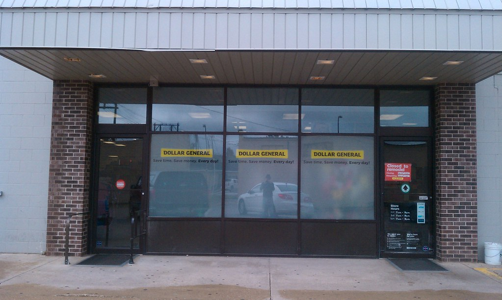 Dollar general jefferson iowa entrance and exit flickr - Dollar general careers express hiring ...