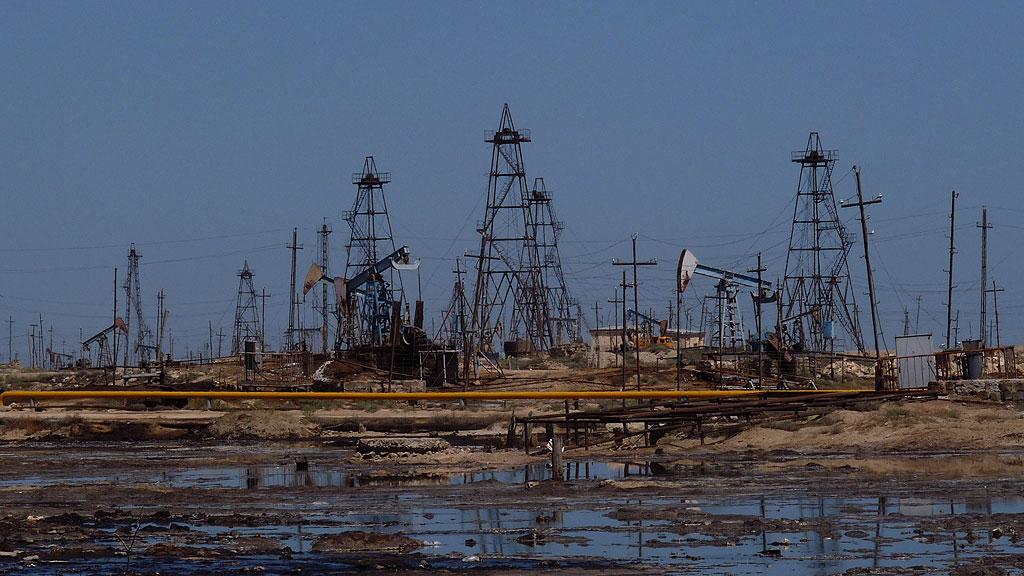 Oilfields near Ramana