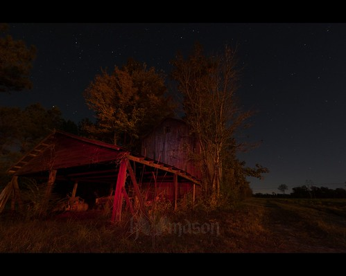 trees red sky white abandoned sc field night barn stars conway tripod southcarolina led gitzo arcatech gt2531 nikonafsnikkor1635mmf4gedvr
