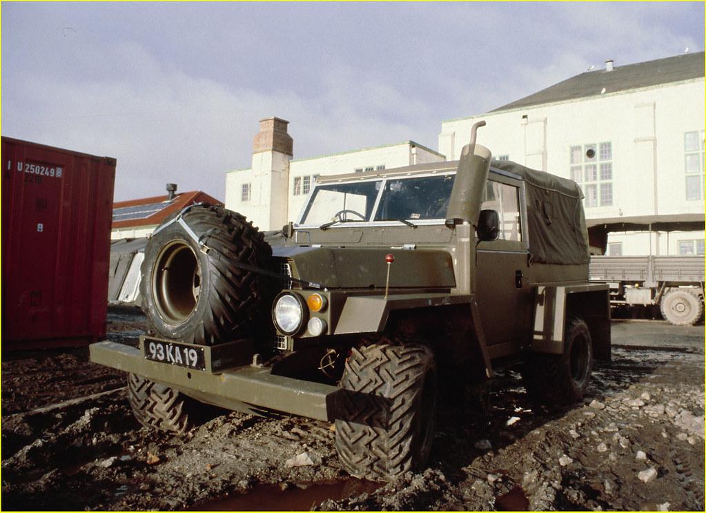Falklands, Landrover 'bogtrotter'