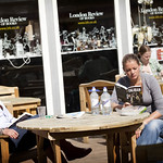 Reading in the sun | Edinburgh International Book Festival 2010
