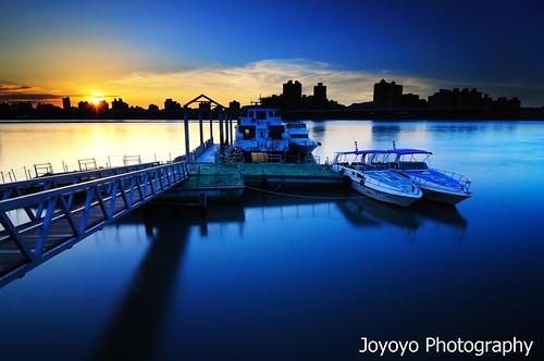 sunset black river twilight nikon sundown taiwan card taipei 台灣 台北 technique 日落 nightfall tamsui 淡水河 大稻埕 d90 黑卡 joyoyo 搖黑卡 mygearandmepremium