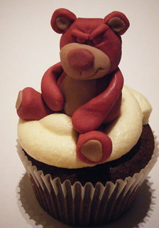 Strawberry Bear Cupcake (2)