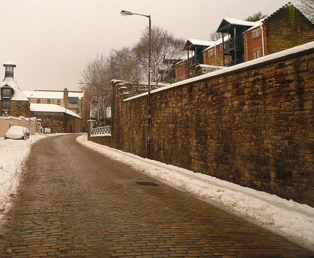 Edinburgh: Calton Road