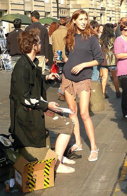 Edinburgh Fringe Festival: hood
