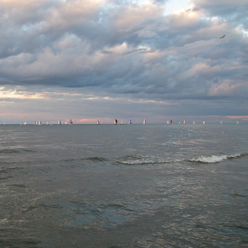 sunset sky newyork clouds waves wind charlotte september greatlakes rochester regatta sailboats lakeontario spinnakers lakescape geneseeyachtclub lakeproject 091410 tuesdayrace