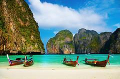 2008. december 15. 8:09 - Tropical beach, traditional long tail boats, famous Maya Bay, Thailand