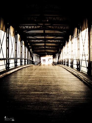 sepia deutschland licht wasser europa elbe hamburgerhafen strahl überseebrücke abigfave platinumheartaward