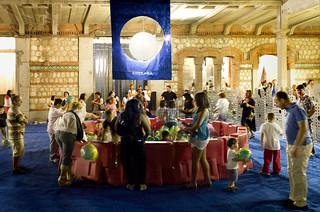 LaNocheDeLosNiños.org - intercambio de juguetes - recinto balones 3 | by ecosistema urbano