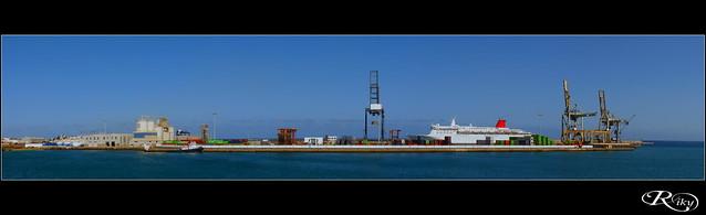 :: Puerto de Naos ::