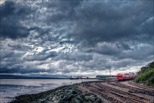 red fall train canon cloudy railway nb newbrunswick 7d sj dslr hdr 2010 saintjohn 1635mm sjphoto nbphoto cans2s bmca
