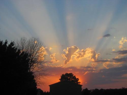 sunset sky clouds maryland easternshore rayoflight mardelasprings