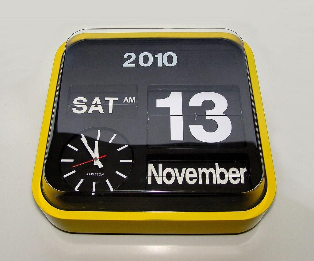 Yellow Karlsson Big Flip Clock 1200