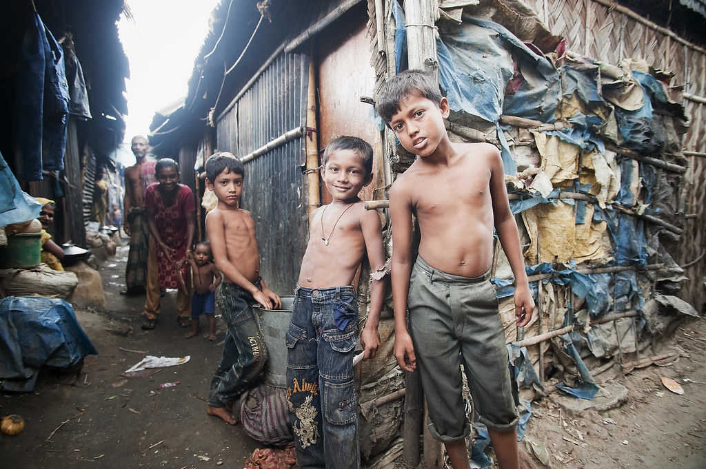 Children in Bangladesh Slum