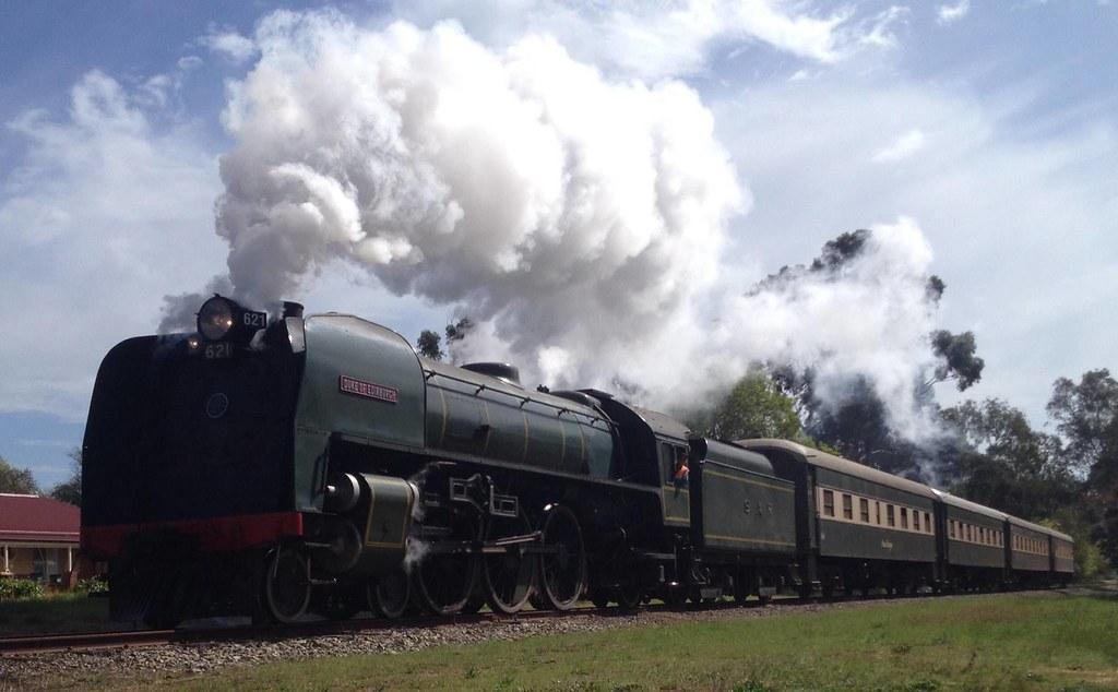 621 Steaming towards Strathalbyn by Dom Quartuccio