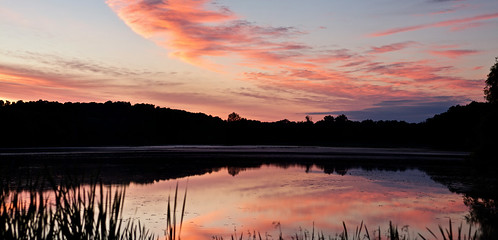lake reflection sunrise dawn mirror pano telephoto 7d 75300mm battlecreek ftcuster