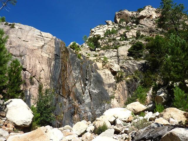 La cascade noire 680m