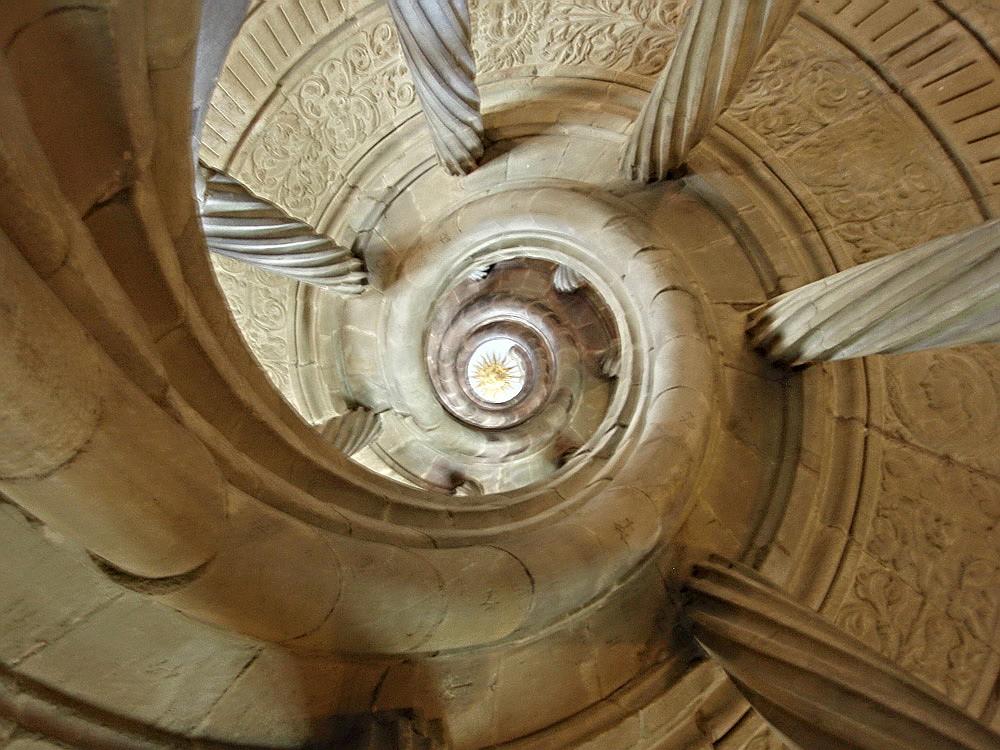 Escalera en palacio de Bad Mergentheim