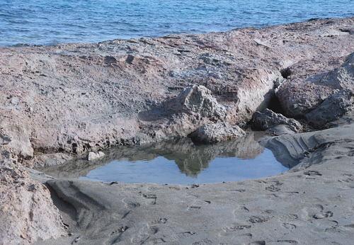 Xerokampos - am Strand - Felsspiegelung