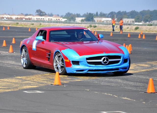 Mercedes SLS -2